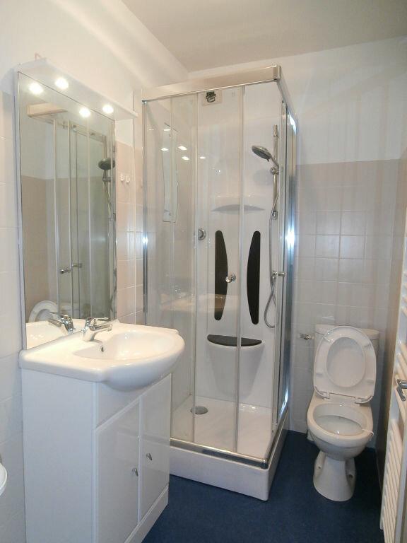 Appartement à louer 3 56m2 à Terrasson-Lavilledieu vignette-3