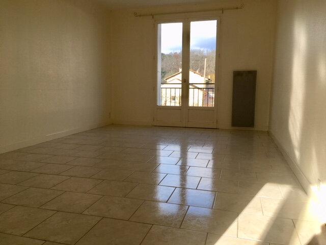 Appartement à louer 3 63.53m2 à Terrasson-Lavilledieu vignette-1