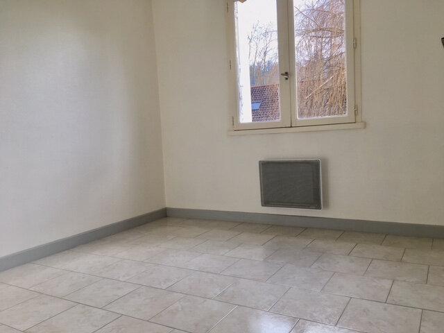 Appartement à louer 3 63.53m2 à Terrasson-Lavilledieu vignette-5