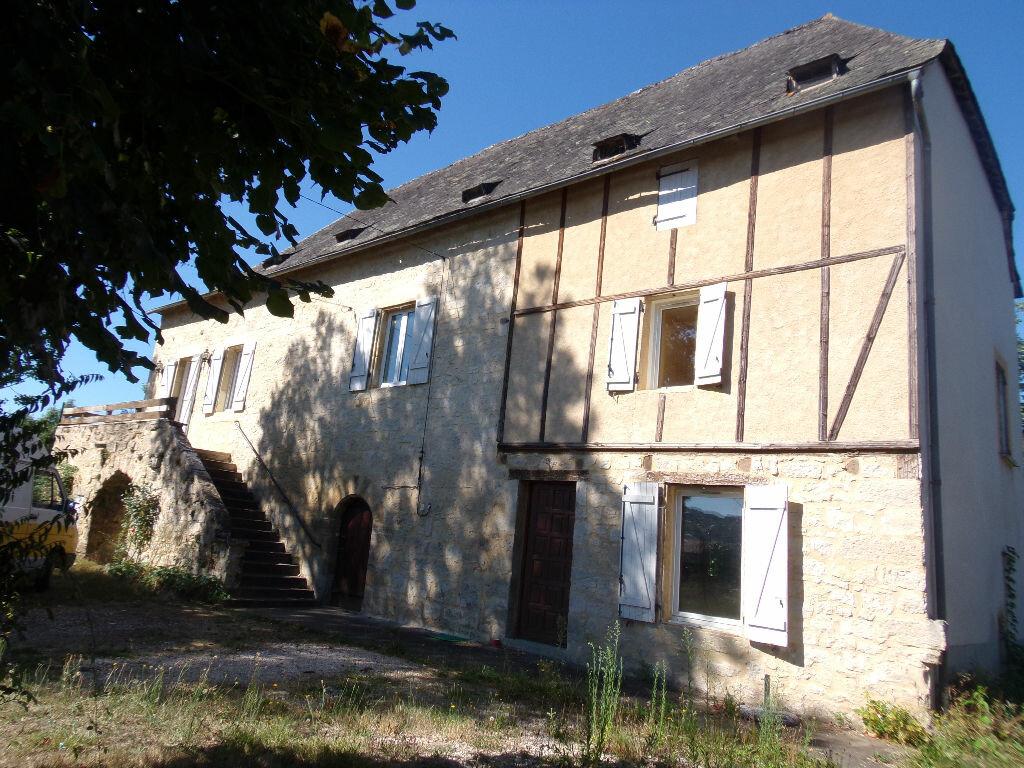 Maison à vendre 6 144m2 à Terrasson-Lavilledieu vignette-1