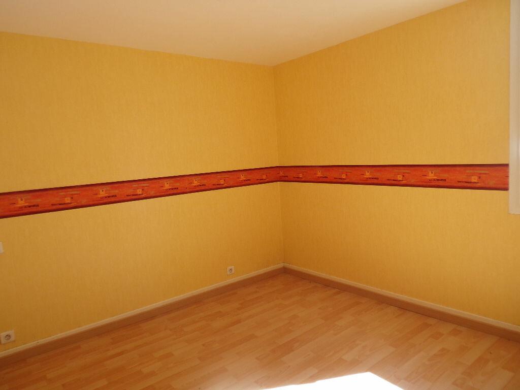 Maison à vendre 6 144m2 à Terrasson-Lavilledieu vignette-5