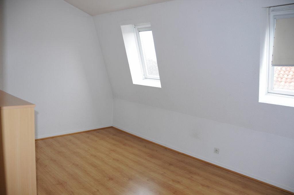 Appartement à louer 3 60m2 à Périgueux vignette-5