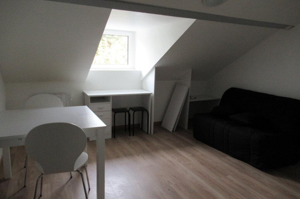 Appartement à louer 1 12.3m2 à Périgueux vignette-1