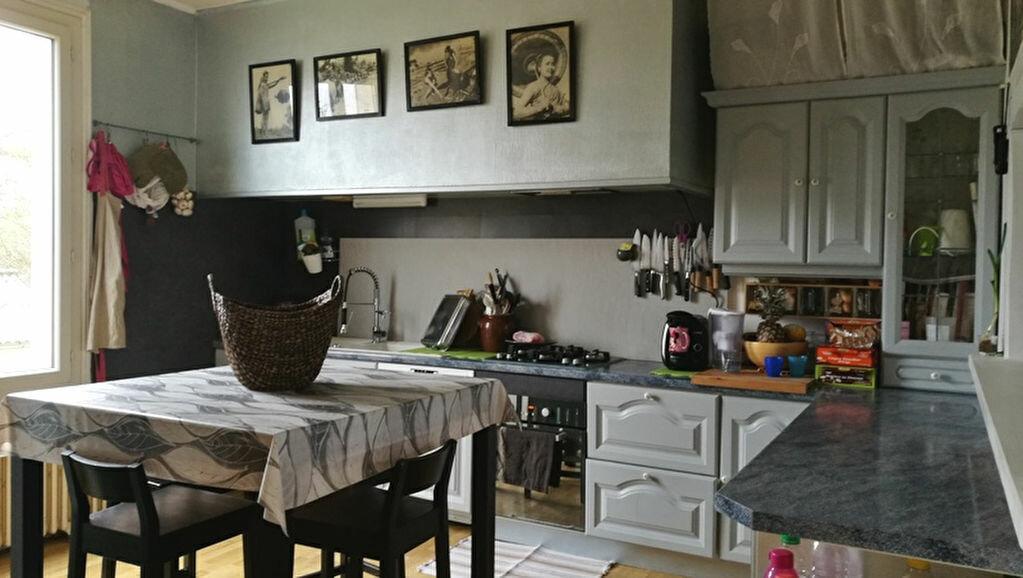 Maison à louer 4 110m2 à Saint-Astier vignette-6