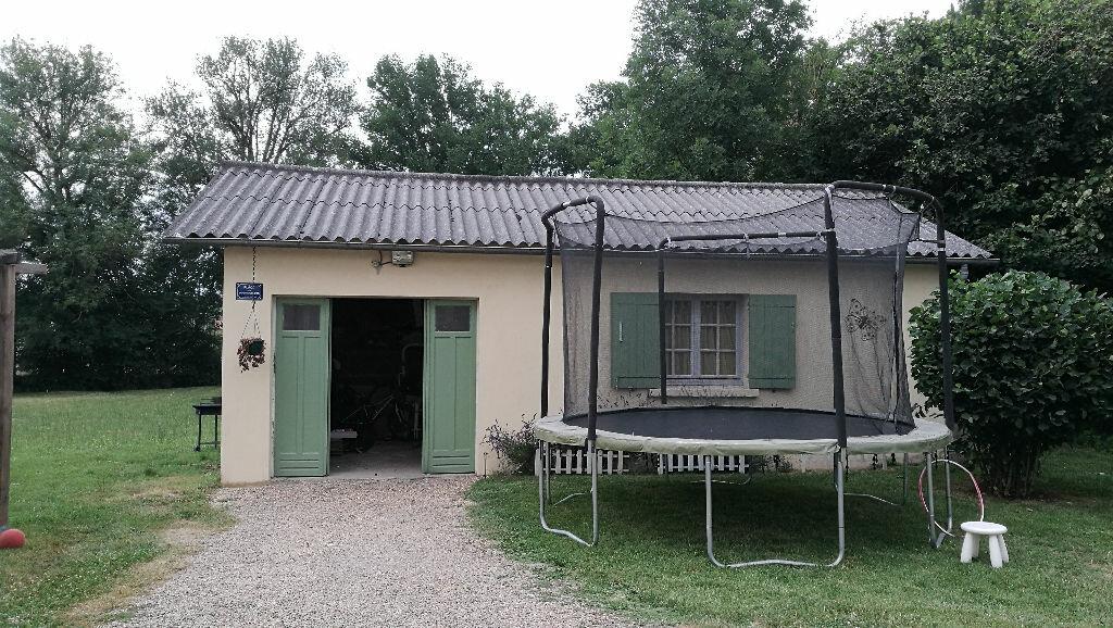Maison à louer 4 110m2 à Saint-Astier vignette-8