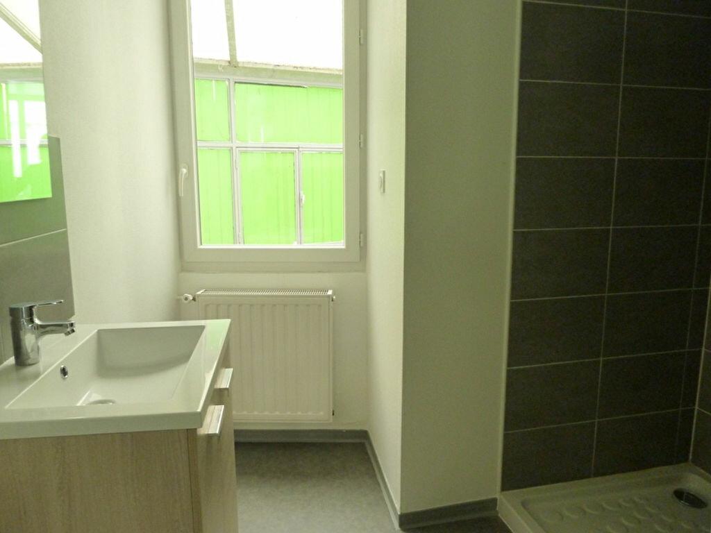 Appartement à louer 1 22.15m2 à Périgueux vignette-2