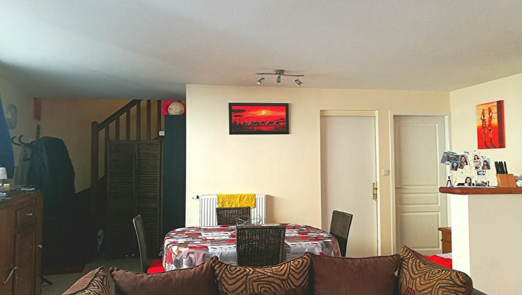Maison à louer 4 75m2 à Razac-sur-l'Isle vignette-1
