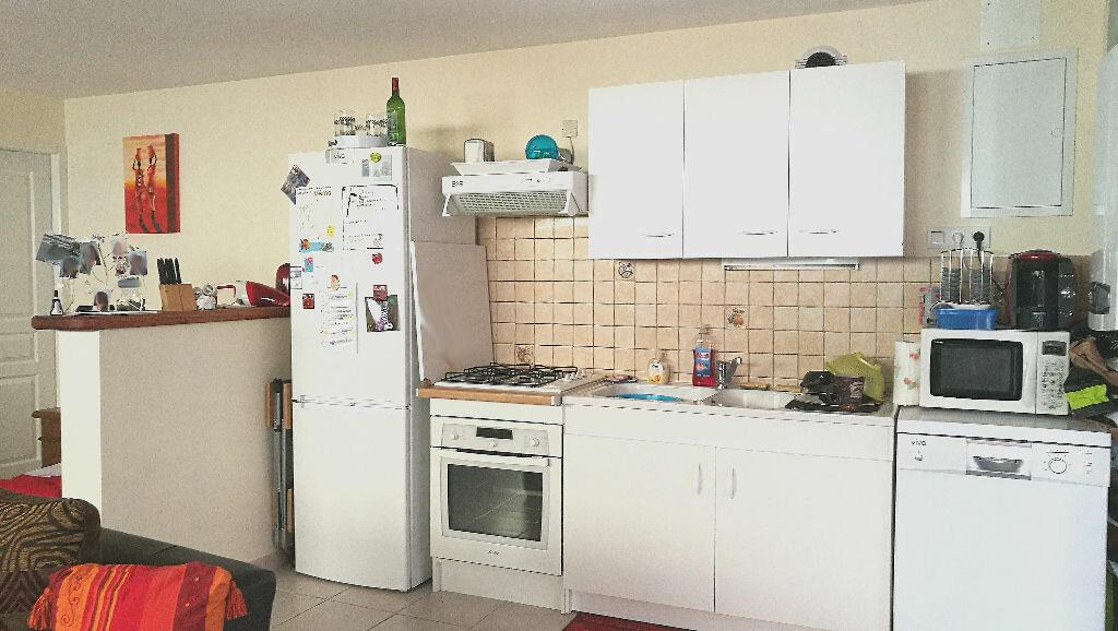 Maison à louer 4 75m2 à Razac-sur-l'Isle vignette-4