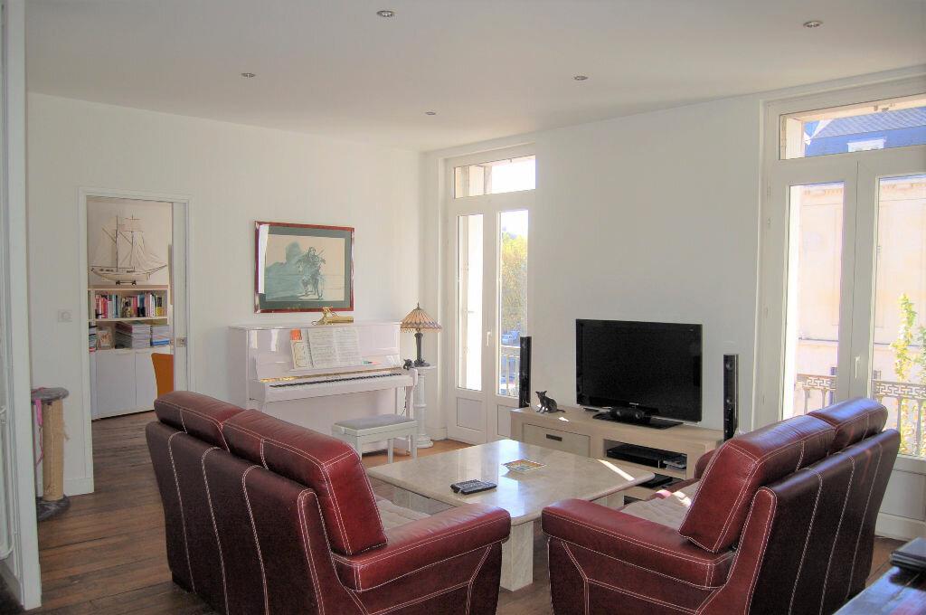 Appartement à vendre 4 102.46m2 à Périgueux vignette-1
