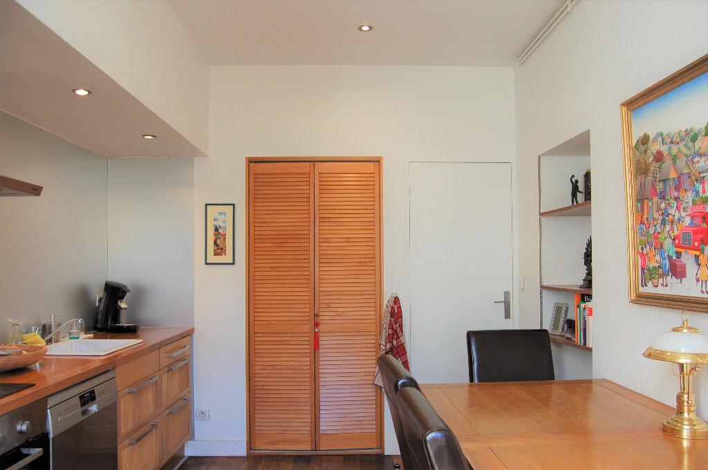 Appartement à vendre 4 102.46m2 à Périgueux vignette-5