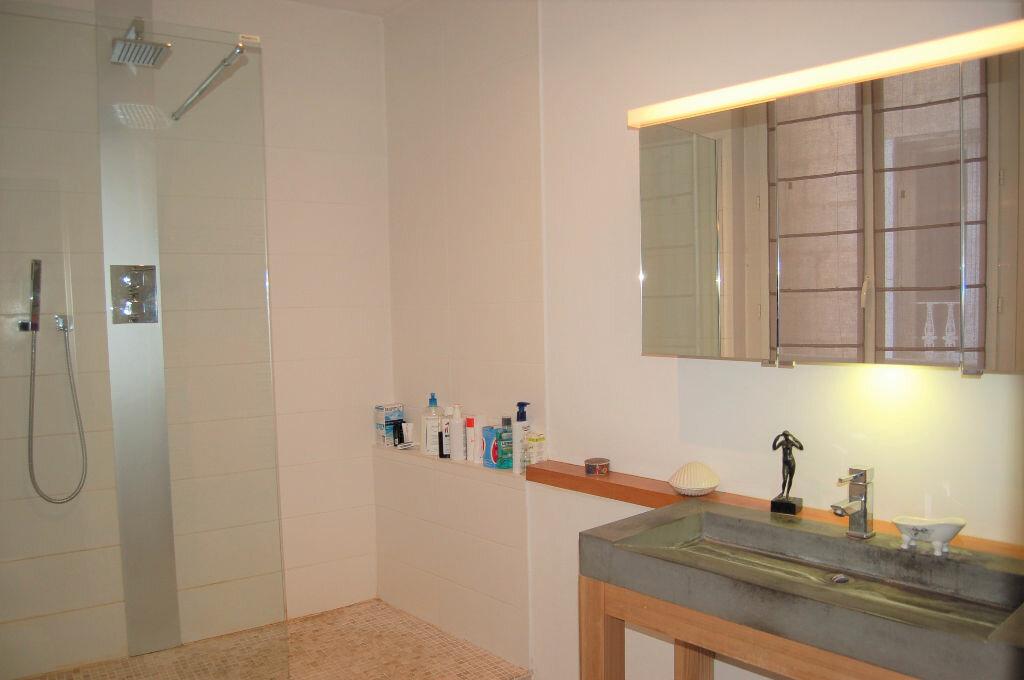 Appartement à vendre 4 102.46m2 à Périgueux vignette-9