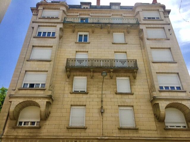 Appartement à vendre 1 25m2 à Périgueux vignette-4