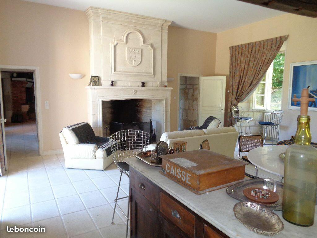 Maison à vendre 19 790m2 à Cornille vignette-4