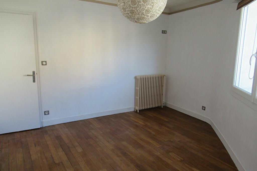 Appartement à louer 6 180m2 à Périgueux vignette-7