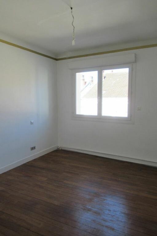 Appartement à louer 6 180m2 à Périgueux vignette-8