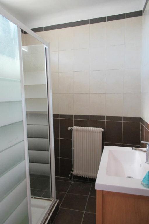 Appartement à louer 6 180m2 à Périgueux vignette-9