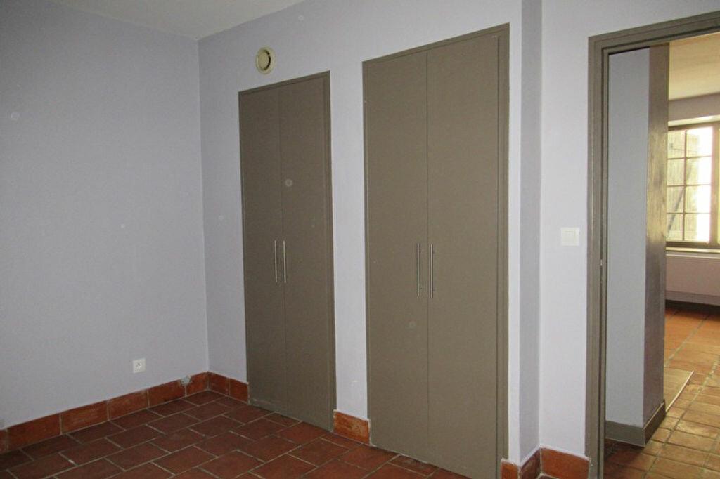 Appartement à louer 2 36m2 à Périgueux vignette-2