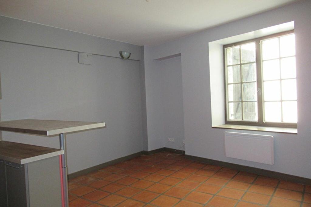 Appartement à louer 2 36m2 à Périgueux vignette-5