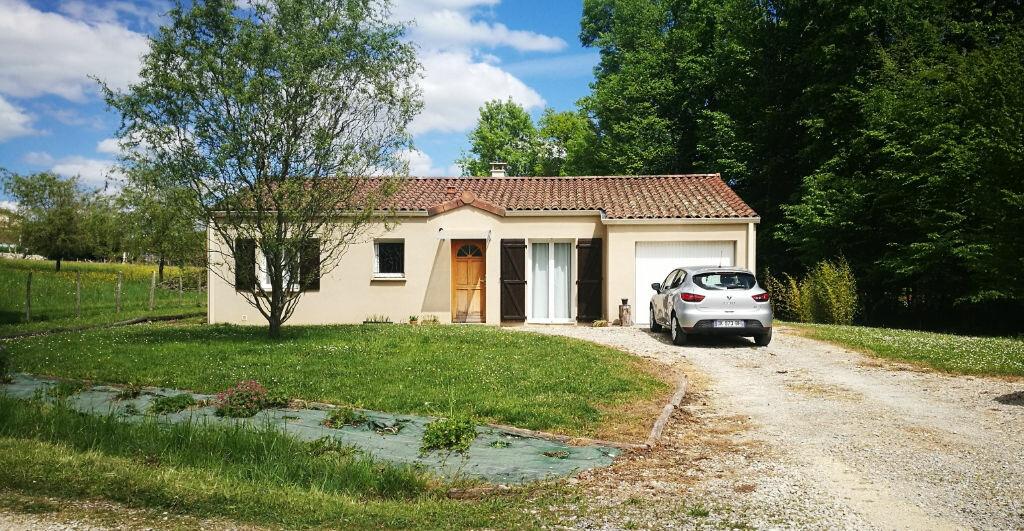 Maison à louer 4 88m2 à Saint-Astier vignette-1