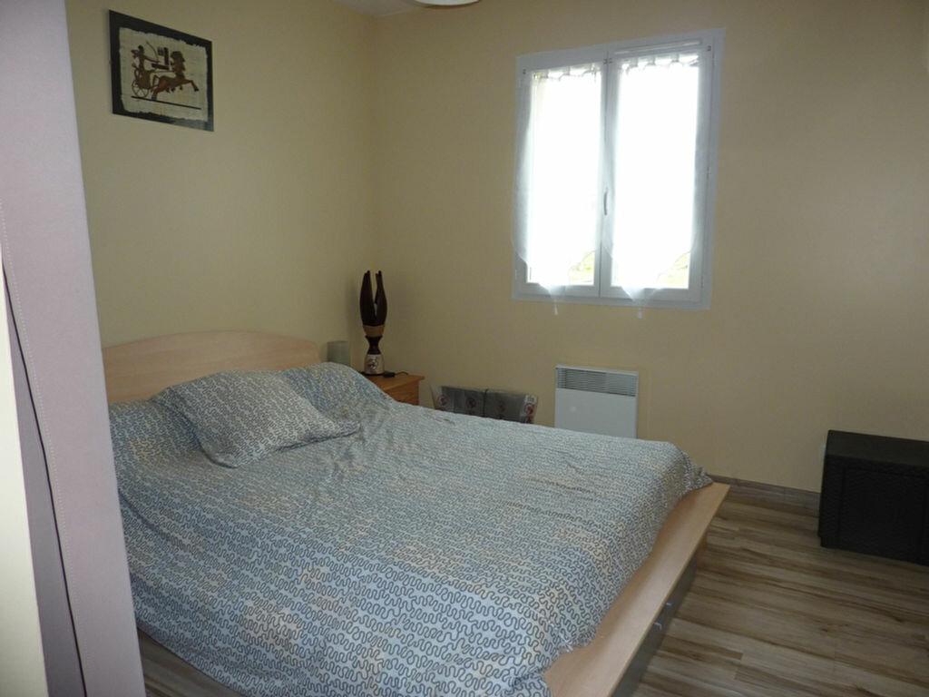 Maison à louer 4 88m2 à Saint-Astier vignette-3