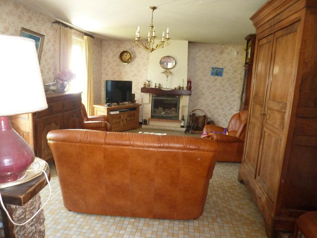 Maison à vendre 8 144m2 à Vallereuil vignette-2