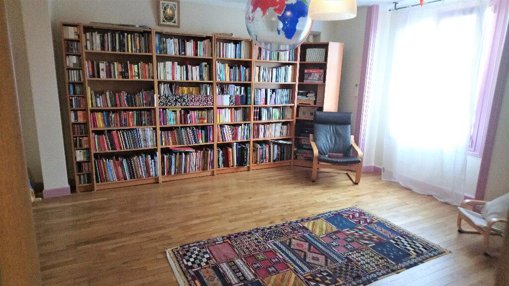 Maison à vendre 8 280m2 à Périgueux vignette-9