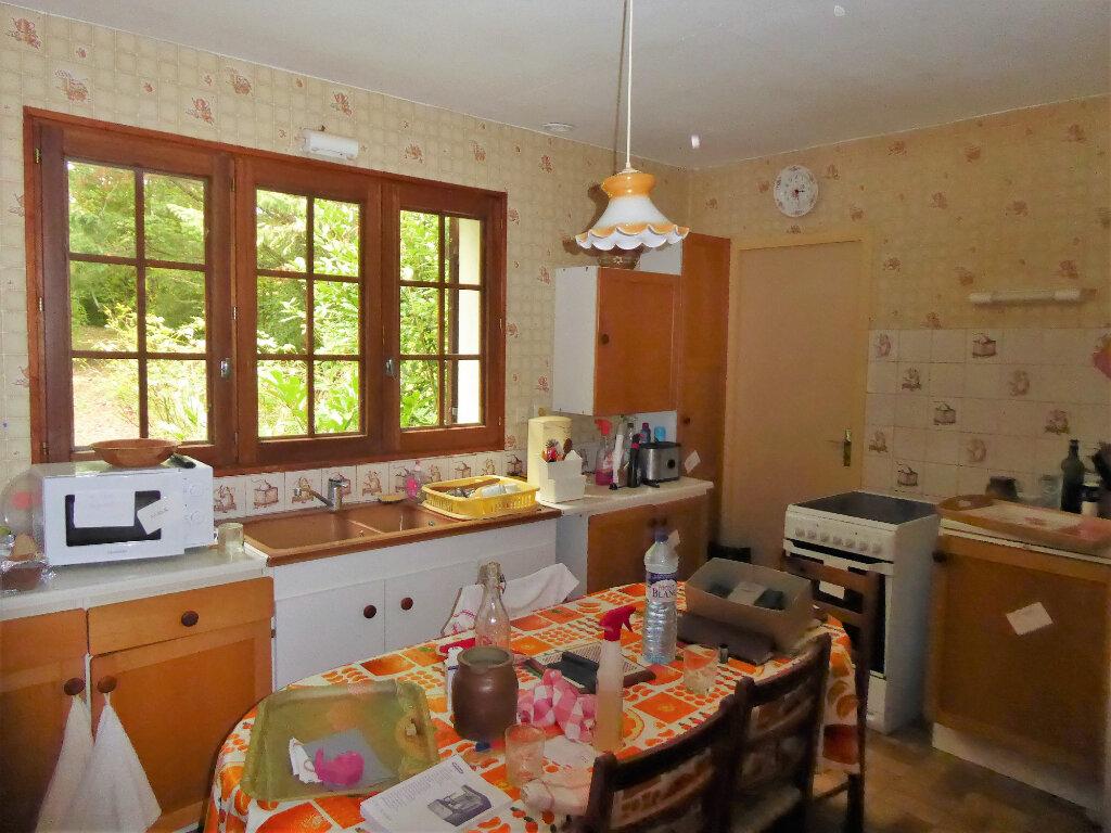 Maison à vendre 5 115m2 à Saint-Germain-du-Salembre vignette-5
