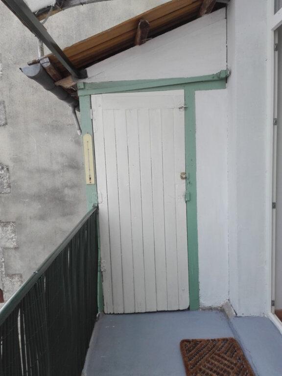 Appartement à louer 1 15.3m2 à Périgueux vignette-2