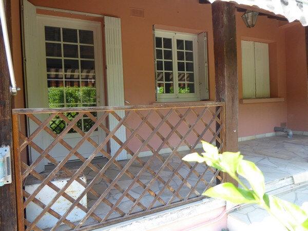 Maison à vendre 4 150m2 à Saint-Astier vignette-4