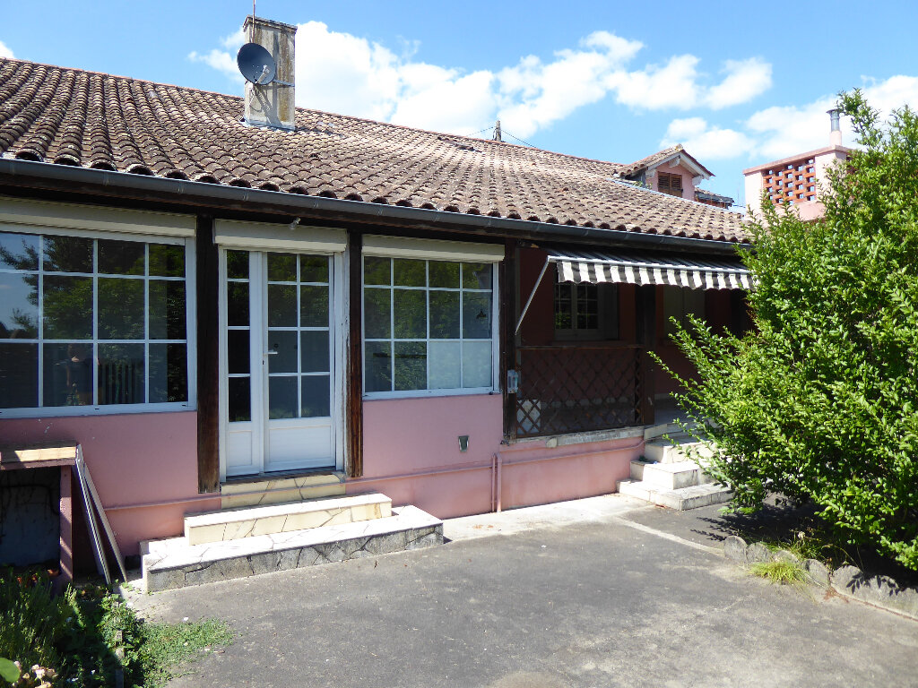Maison à vendre 4 150m2 à Saint-Astier vignette-6