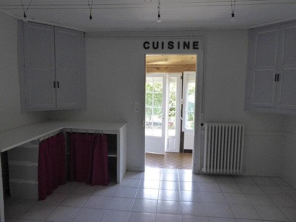 Maison à vendre 4 150m2 à Saint-Astier vignette-8