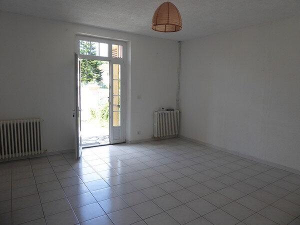 Maison à vendre 4 150m2 à Saint-Astier vignette-9