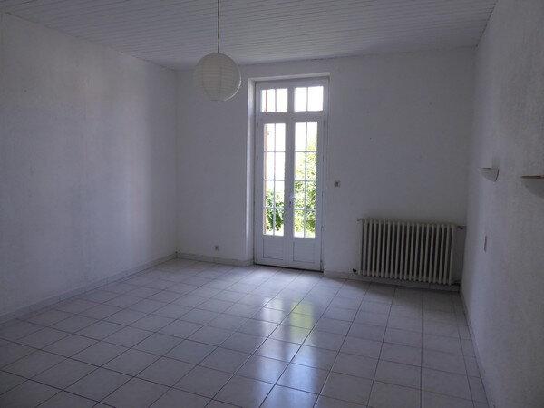 Maison à vendre 4 150m2 à Saint-Astier vignette-11
