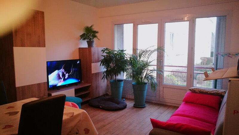 Appartement à louer 4 68m2 à Saint-Astier vignette-1