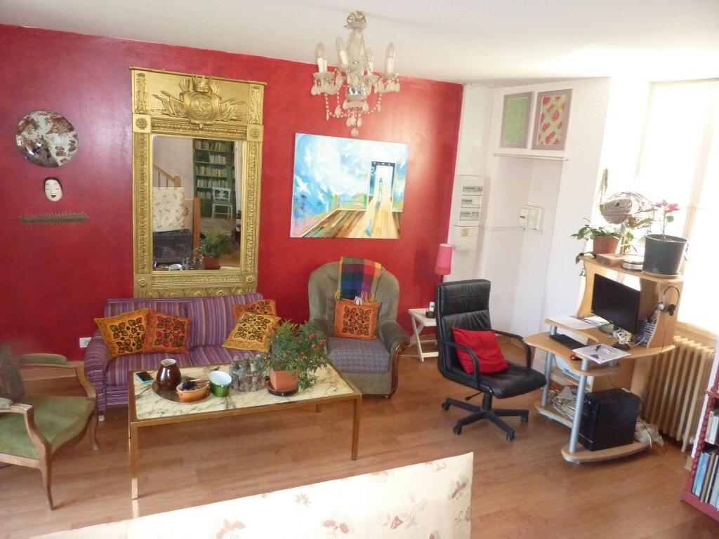 Maison à vendre 5 117m2 à Saint-Astier vignette-9