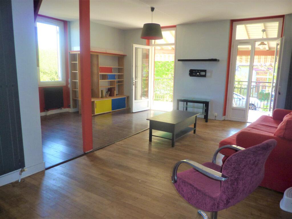 Maison à vendre 6 110m2 à Saint-Astier vignette-3