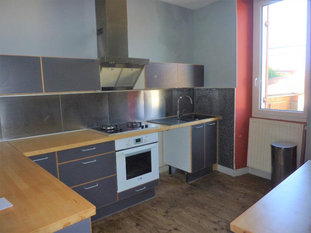 Maison à vendre 6 110m2 à Saint-Astier vignette-5