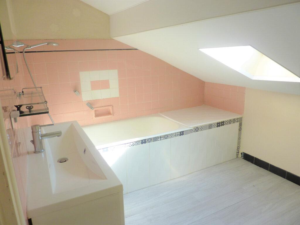 Maison à vendre 6 110m2 à Saint-Astier vignette-7