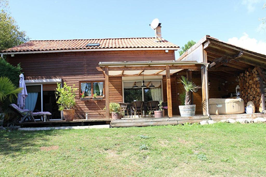 Maison à vendre 6 125m2 à Marsaneix vignette-1