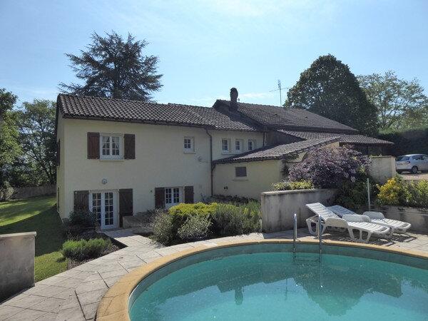 Maison à vendre 5 170m2 à Saint-Germain-du-Salembre vignette-2