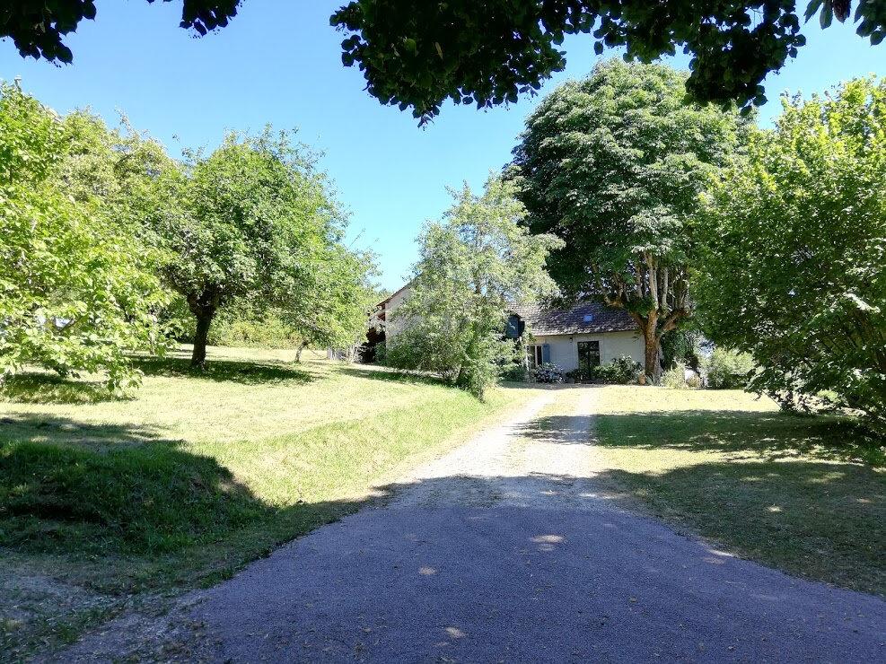 Maison à vendre 7 194m2 à Château-l'Évêque vignette-1