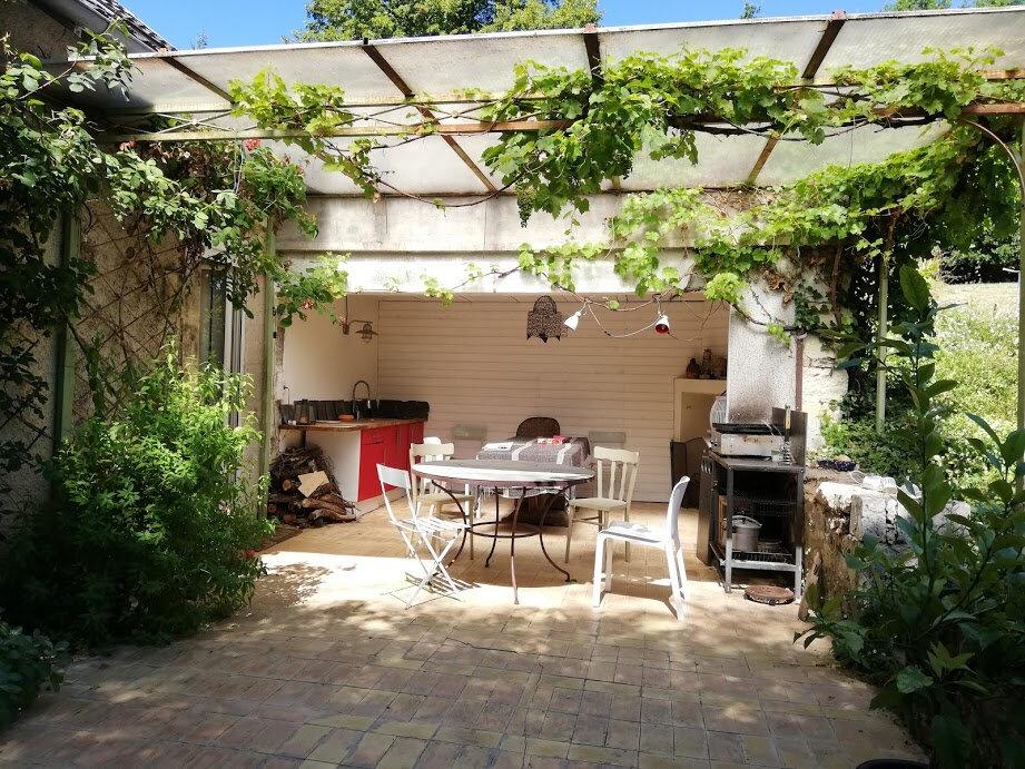 Maison à vendre 7 194m2 à Château-l'Évêque vignette-3