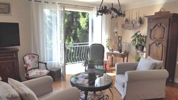 Maison à vendre 5 130m2 à Annesse-et-Beaulieu vignette-3