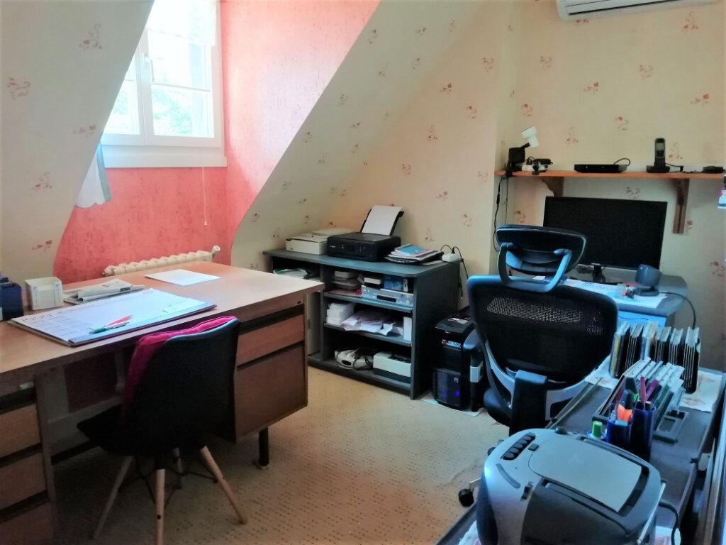 Maison à vendre 6 165m2 à Saint-Germain-du-Salembre vignette-9