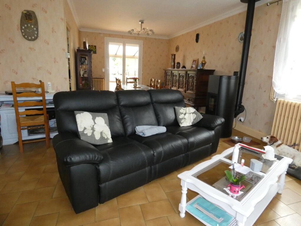 Maison à vendre 4 108m2 à Saint-Léon-sur-l'Isle vignette-2