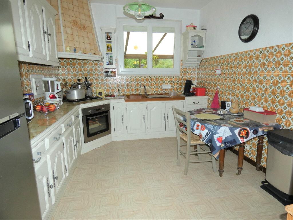 Maison à vendre 4 108m2 à Saint-Léon-sur-l'Isle vignette-3