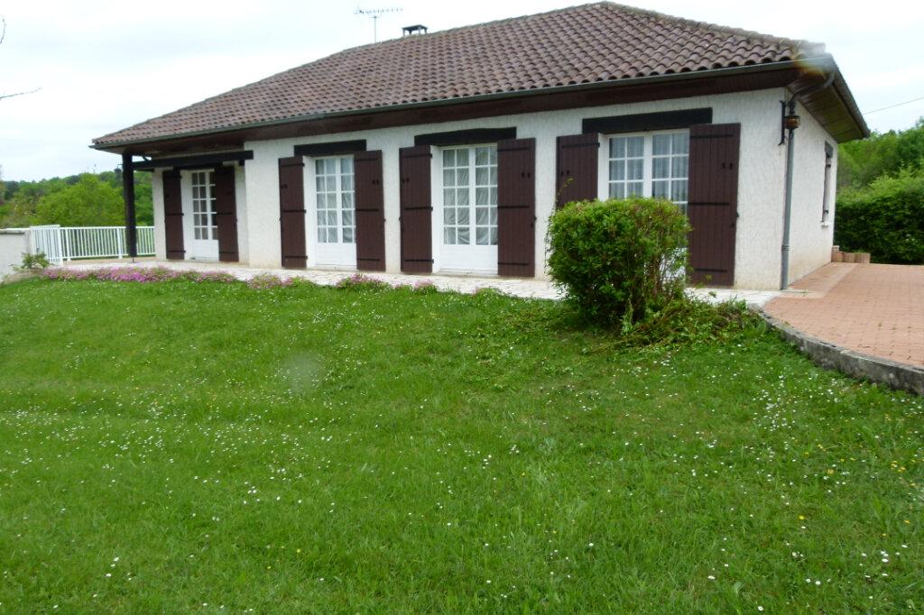 Maison à vendre 4 107.59m2 à Château-l'Évêque vignette-1