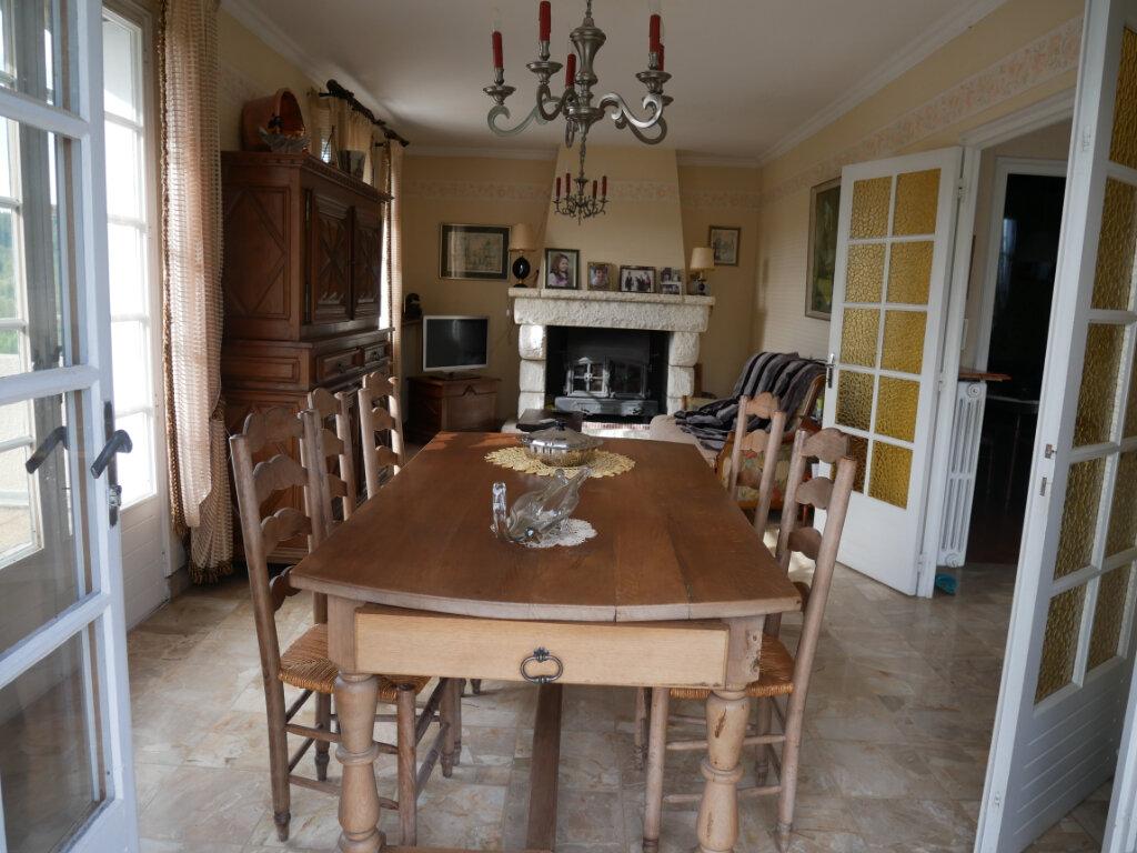 Maison à vendre 4 107.59m2 à Château-l'Évêque vignette-3