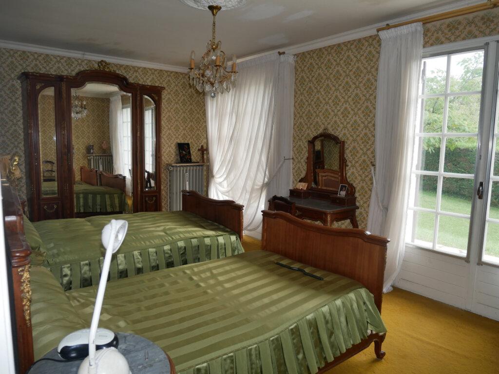 Maison à vendre 4 107.59m2 à Château-l'Évêque vignette-4