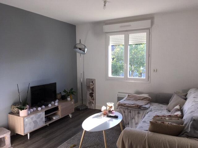 Appartement à louer 3 50m2 à Périgueux vignette-2